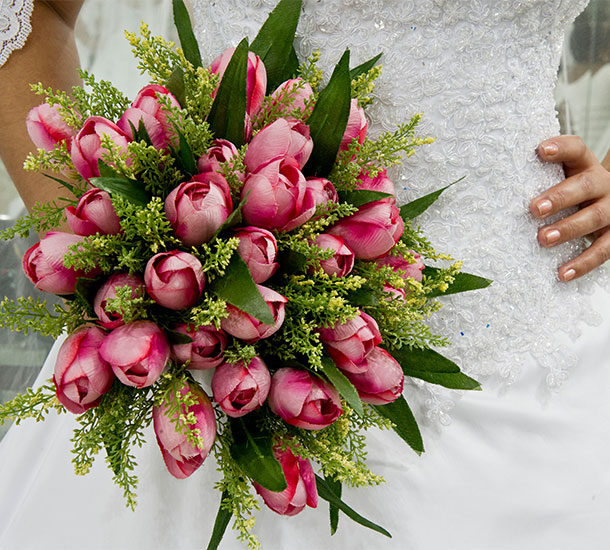 bouquet-bride-bridal-weddinghub