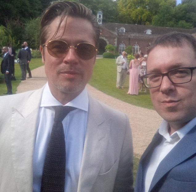 ... and Brad Pitt lead A-list guests at Guy Ritchie's wedding - Photo 10