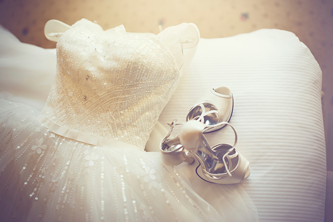 cleaning-wedding-dress-