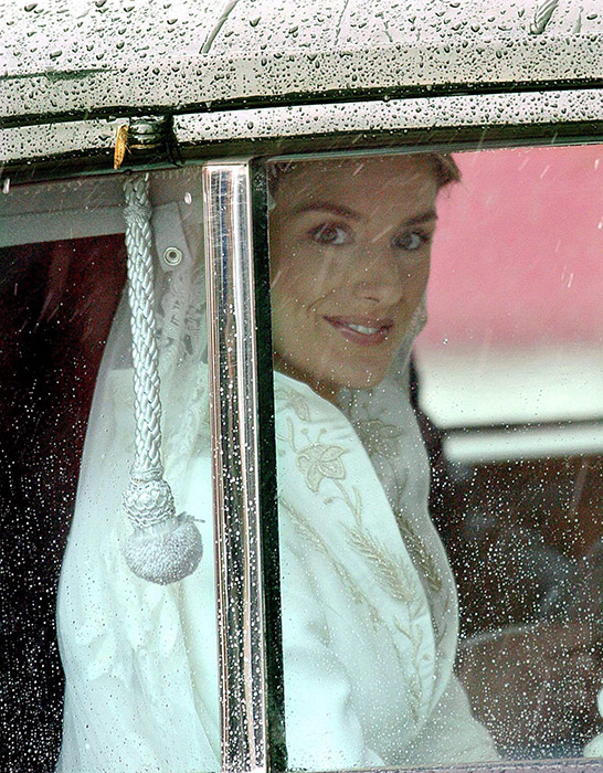 queen-letizia-wedding-day-raining