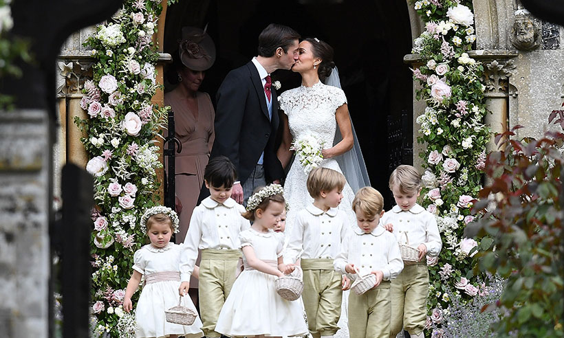pippa-middleton-james-matthews-kiss