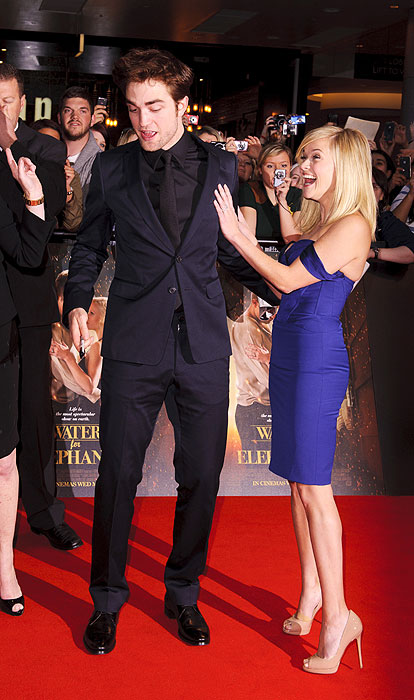 Reese Witherspoon And Robert Pattinson At London Premiere
