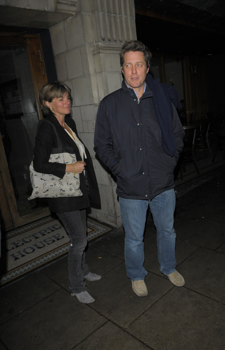 Hugh Grant visits his newborn daughter during a 24-hour ...