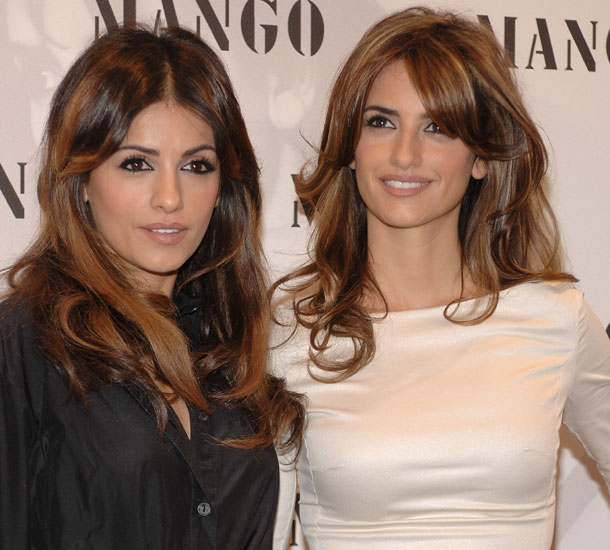 Monica and Penelope Cruz
