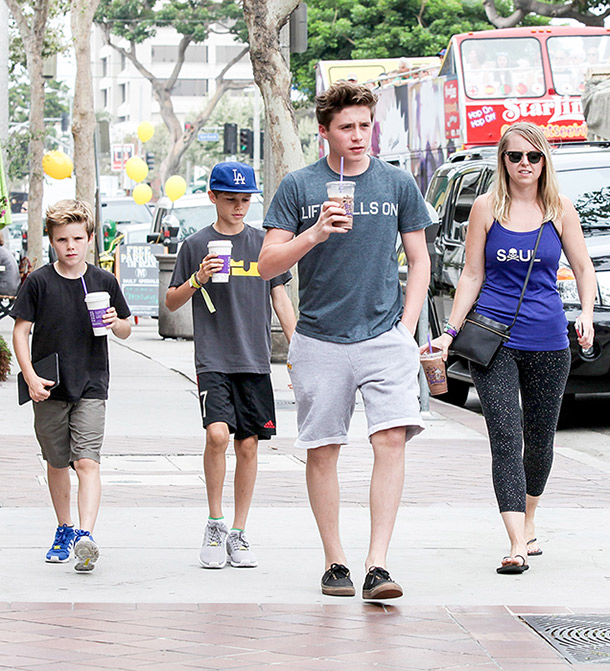 brooklyn-beckham-