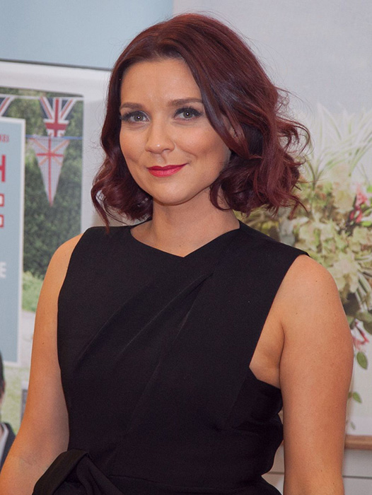 Candice Brown quits her teaching job to pursue baking career