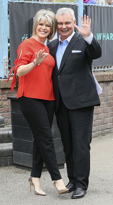 ruth-langsford-eamonn-holmes-outside-this-morning