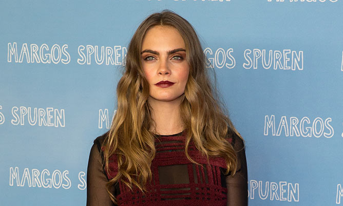 Exclusive: Watch Cara Delevingne wow Paper Towns cast with acting skills