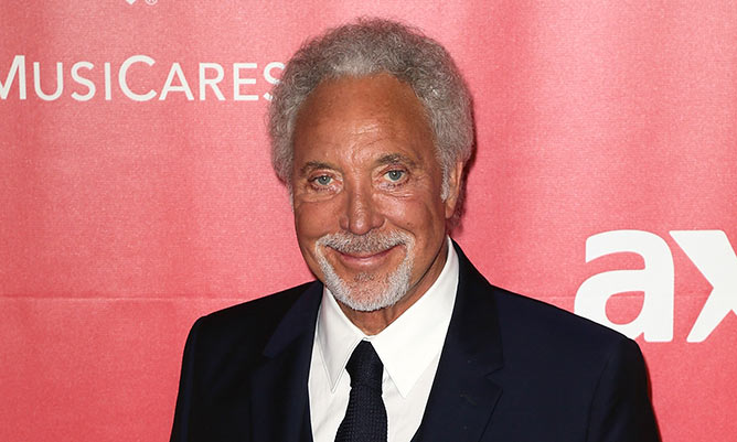 Sir Tom Jones receives apology from BBC boss Danny Cohen following The Voice axe