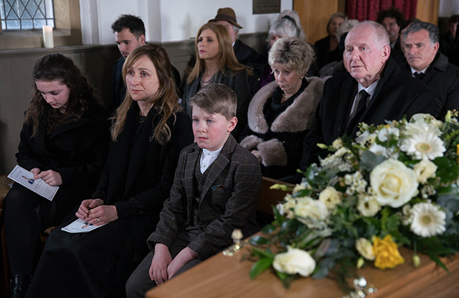 emmerdale-ashley-thomas-funeral1