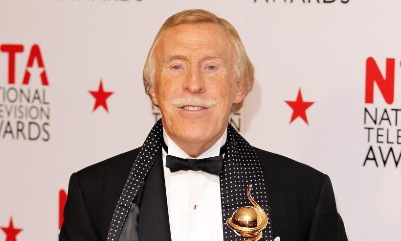 bruce-forsyth-attends-national-television-awards-2011
