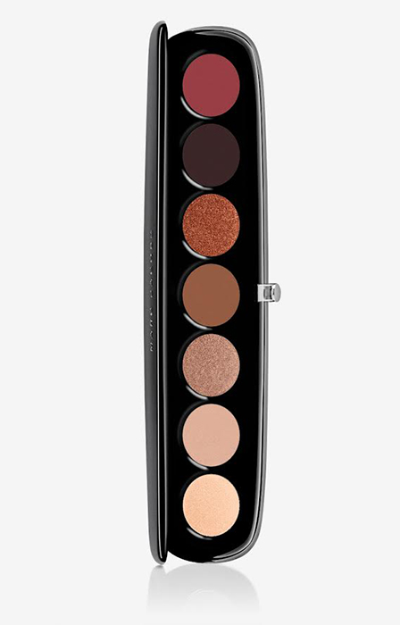 marc-jacobs-make-up-palette-used-by-holly-willoughby