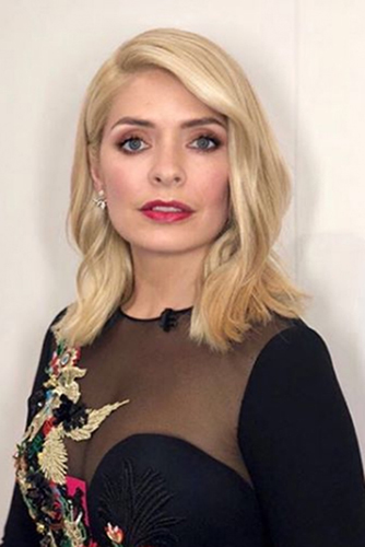 holly-willoughby-valentines-day-makeup