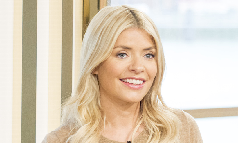 holly-willoughby-glow