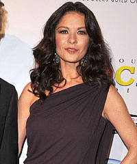 Catherine Zeta-Jones, natural ingredients, honey, beauty products