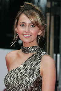 Samia Smith,Coronation Street,Corrie,Maria Connor,character,differences,clothes,hair,style,makeup, products, soap awards