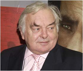 David Hemmings dies