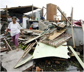 Typhoon leaves many dead in Philippines