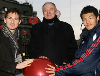 Stars launch 'China in London 2007'