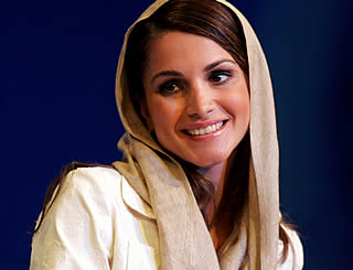 Queen Rania speaks at Economic Forum