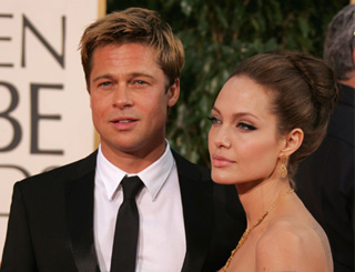 Angelina and Brad donate $100,000 to Sudan