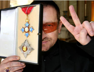Bono receives honorary knighthood