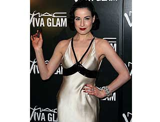 Dita to reveal all for AIDS charities