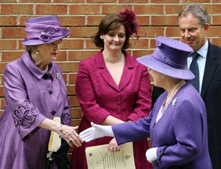 The Queen and dignitaries remember the Falklands