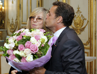 Barbra Streisand honoured in Paris