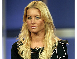 Denise Van Outen calls time on long-distance love