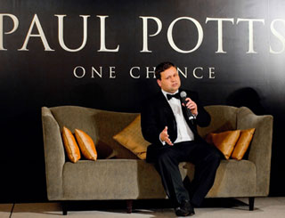 Paul Potts takes a chance on Hong Kong audiences