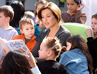 Storytime for Mariska Hargitay in New York