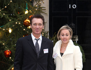 Martin Kemp pays festive visit to Number 10