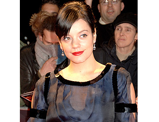 Lily Allen to go ahead with TV show