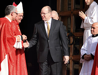 Prince Albert attends Sainte Devote celebrations