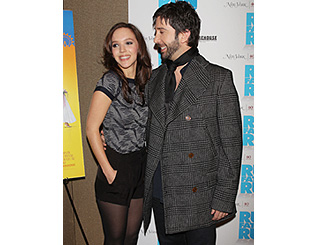 David Schwimmer and girlfriend attend premiere