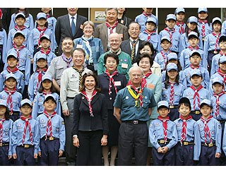 Swedish Royals join the Boy Scouts in Seoul
