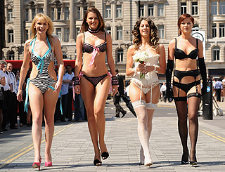 Undies label hops on board SATC show