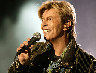 David Bowie agrees to West End musical