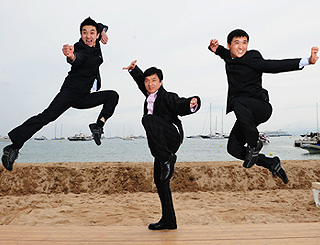 Jackie Chan kicks up a storm in Cannes