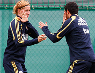 Fernando Torres prepares to thrill in Austria
