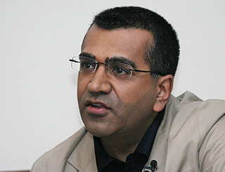 Journalist Martin Bashir suffering from brain tumour