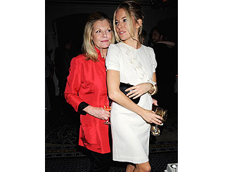 Sienna parties post 'Edge' with her mum