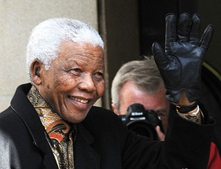 Nelson Mandela arrives for birthday celebrations