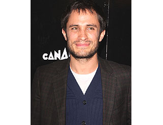 Mexican hunk Gael Garcia Bernal to become a dad
