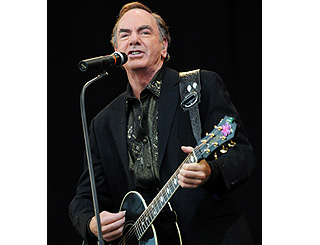 Croaky-voiced Neil Diamond offers gig refund