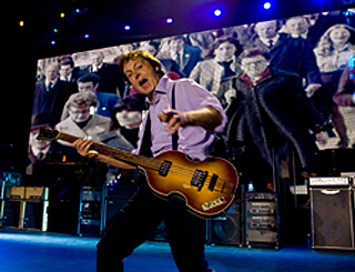 Sir Paul McCartney vows to play in Tel Aviv