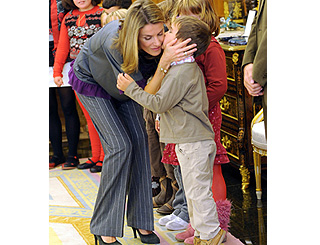 Affectionate greetings for Spain's Princess Letizia