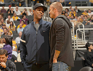 Becks and Denzel bump into each other at basketball