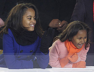 Michelle keeps First Daughters' celeb activity in check